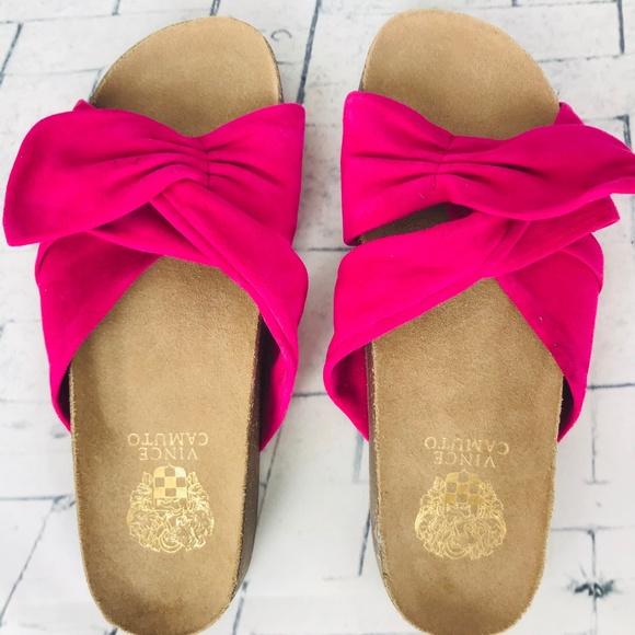 04d52c9d11e5 VINCE CAMUTO BERULIA Pink Comfort Slides NWOB. M 5c3b915d04e33d09194ce352